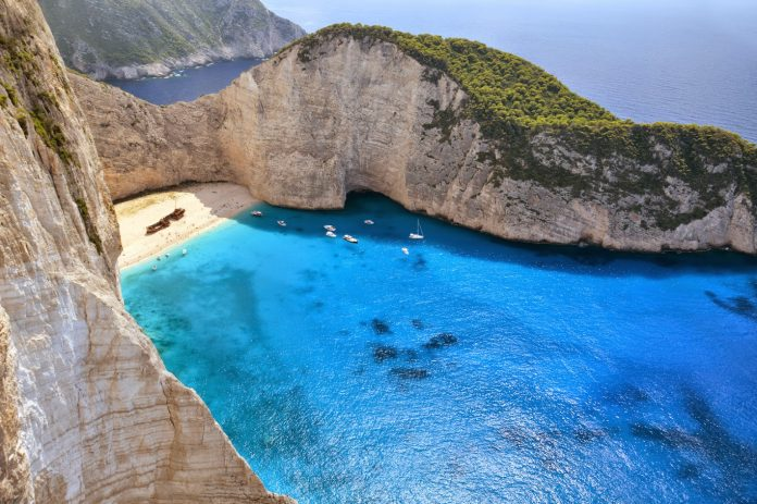 Top 10 Reasons Why You Should Never Visit Greece